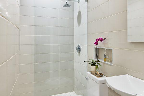 StantonSchwartz_Botolph_BathroomWide_v1_Final_Small