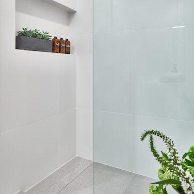 StantonSchwartz_FP3108_Shower_Final_Small