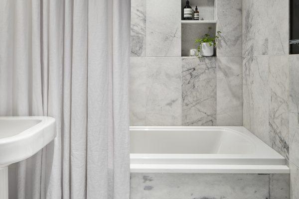 StantonSchwartz_FP3_Bathroom_crop2_Final